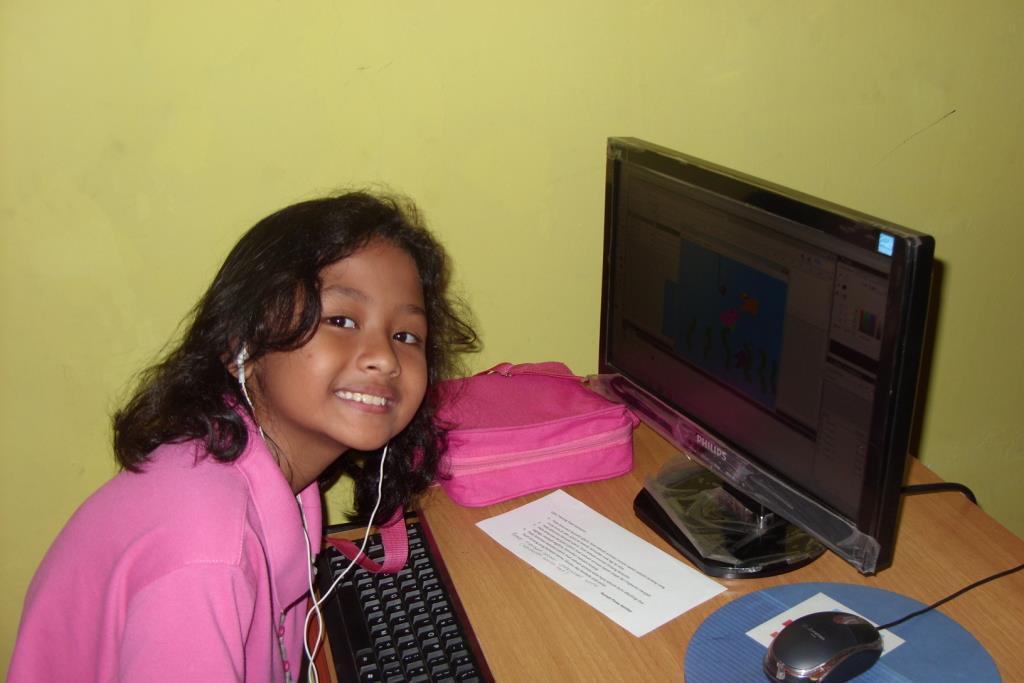 Quinny belajar animasi di Rumah Pintar Kembar