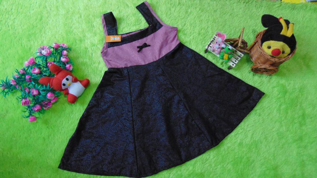 Dress Baju Bayi Perempuan Alisa Kilau Cantik Cokelat2 1-2th